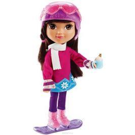 Dora and Friends Игровой набор с куклой Dora Loves Winter